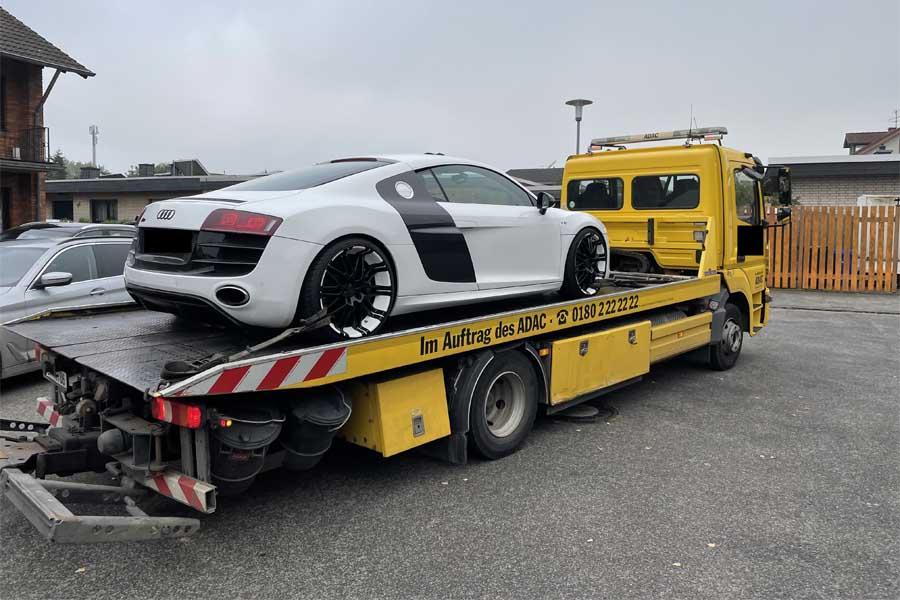 Beschlagnahmter  Audi R8 (Foto: Polizei Düsseldorf)