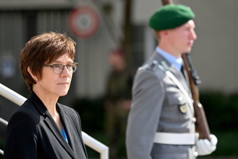 Kramp-Karrenbauer will nach Bundestagswahl Verteidigungsministerin bleiben (© 2021 AFP)