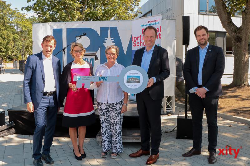 v.l.: Burkhard Hintzsche, Rita Becker, Dagmar Wandt, Dr. Stephan Keller, Michael Köhler (Foto: xity)