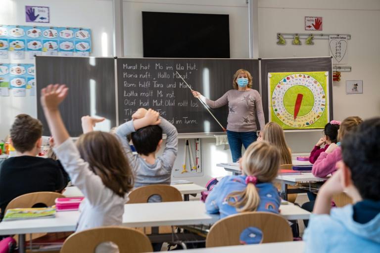 Bund und Länder einigen sich auf Rechtsanspruch auf Ganztagsbetreuung für Grundschüler (© 2021 AFP)