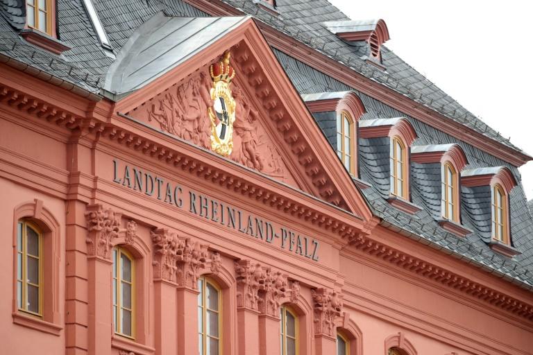 Rheinland-pfälzisches Landtagsgebäude nach fast sechs Jahren wiedereröffnet (© 2021 AFP)