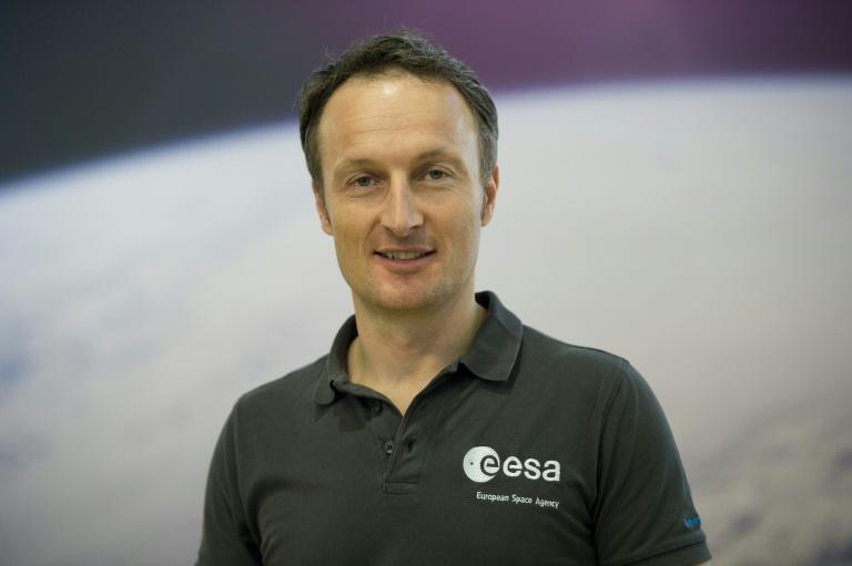 Für Matthias Maurer war das Training mit dem Raumanzug das Härteste (© 2021 AFP)