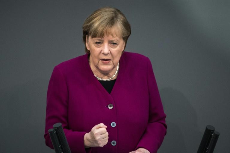 Merkel wirbt eindringlich für Impfung gegen Corona (© 2021 AFP)