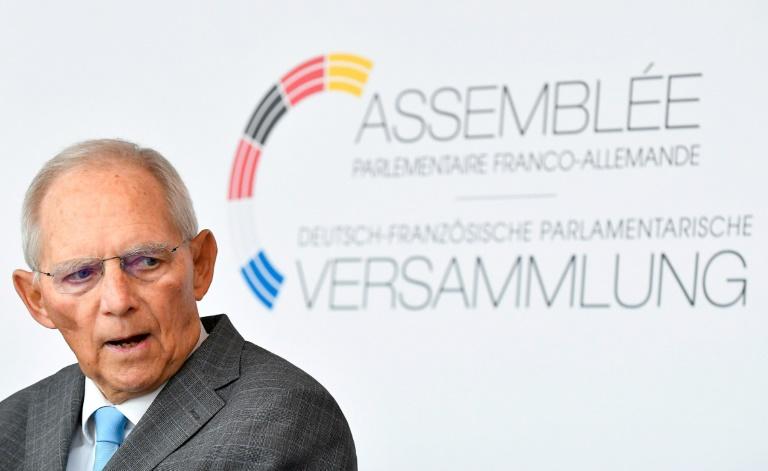 Bundestagspräsident Schäuble lernt durch Diskussionen mit eigenen Kindern dazu (© 2021 AFP)