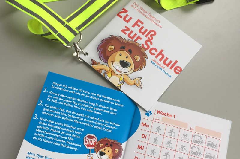 Alle Grundschulen, die teilnehmen, erhalten für alle ihre Schüler ein Heftchen zum Thema sowie zusätzlich ein reflektierendes Schlüsselband. (Foto: Stadt Düsseldorf)