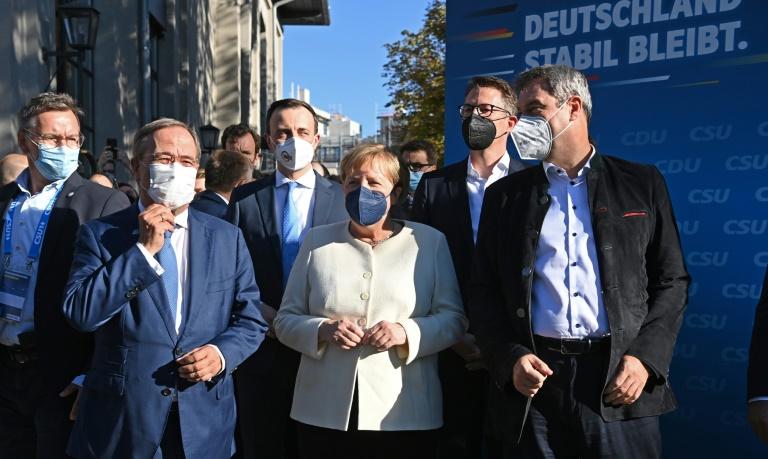 Merkel wirbt für Laschet - Scholz will Regierungswechsel (© 2021 AFP)