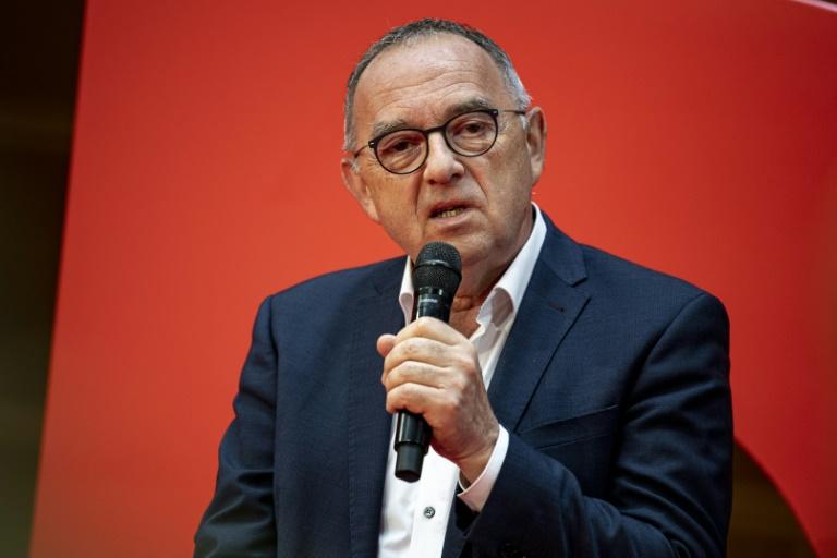 """Walter-Borjans: Laschet soll """"Total-Abfuhr der Wähler"""" anerkennen (© 2021 AFP)"""