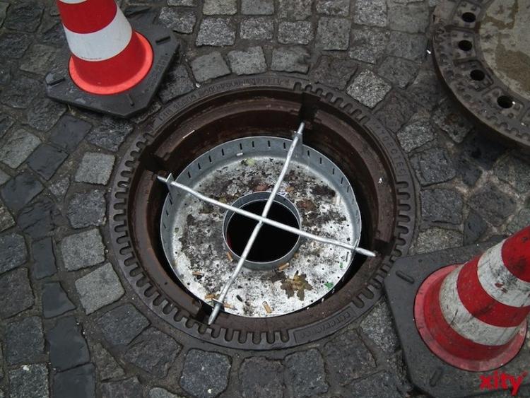 Düsseldorf: Kanalbau in der Goltsteinstraße (Foto: xity)