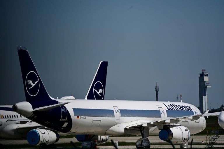 Lufthansa fordert Impfpflicht für Flugpersonal (© 2021 AFP)