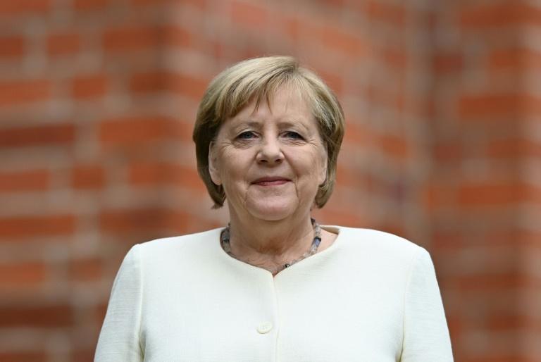 Merkel ruft am Tag der Einheit zum Erhalt der Demokratie in Deutschland auf (© 2021 AFP)