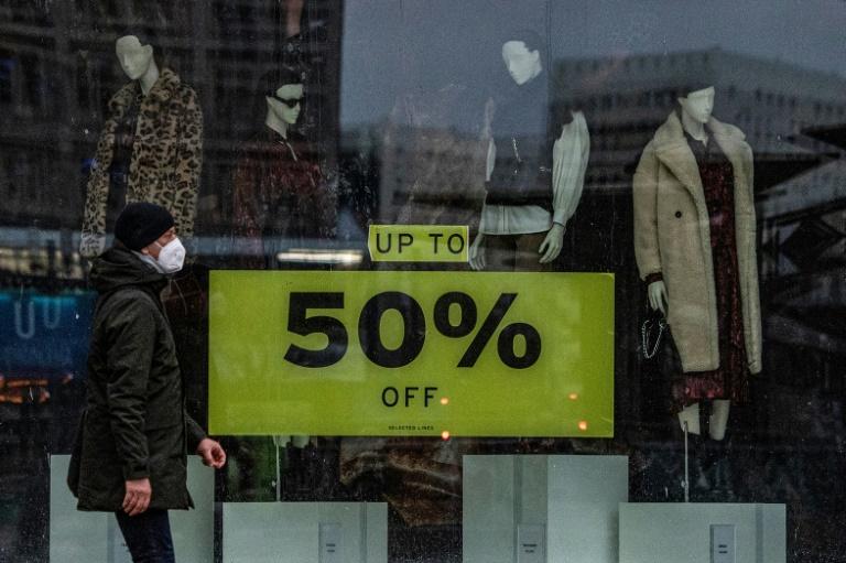 Handelsverband: Steigende Preiserwartung dämpft Verbraucherstimmung (© 2021 AFP)
