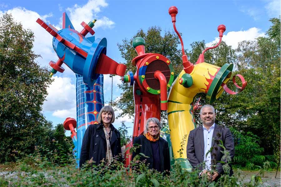 Stadtkämmerin Dorothee Schneider, Objektdesignerin Inge Loerke  und SEBD-Leiter Ingo Noppen (Foto: Stadt Düsseldorf/Uwe Schaffmeister)