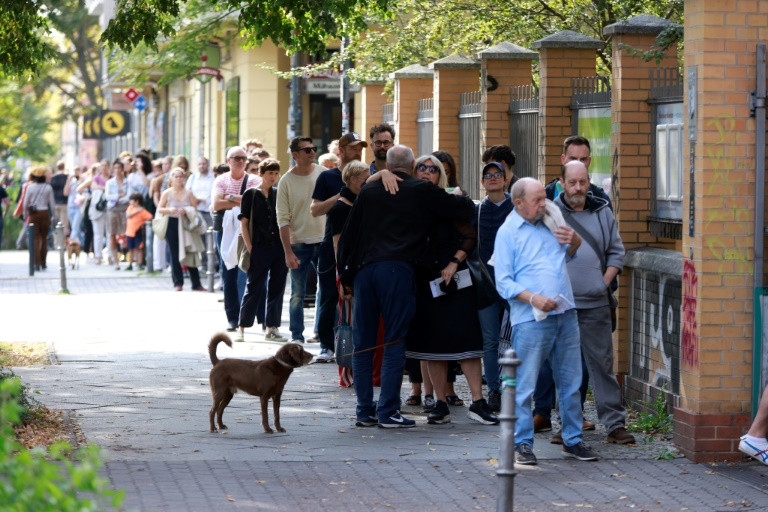 Berliner Innensenator Geisel kündigt nach Wahlchaos umfassende Fehleranalyse an (© 2021 AFP)