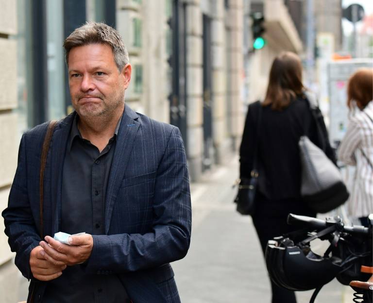 """Habeck vor Sondierungsgesprächen mit FDP und SPD: Klimaschutz ist """"rote Linie"""" (© 2021 AFP)"""