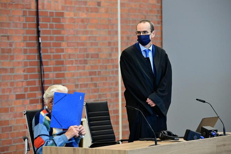 Ehemaliger Wachmann von KZ Sachsenhausen erklärt sich für unschuldig (© 2021 AFP)