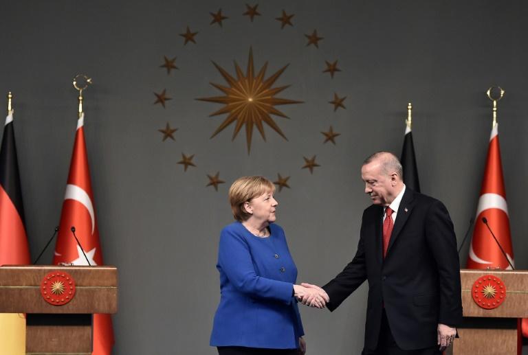 Merkel trifft am 16. Oktober Erdogan in Istanbul (© 2021 AFP)