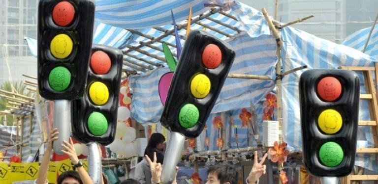 """""""Ampel""""-Parteien haben vertiefende Sondierungen begonnen (© 2021 AFP)"""