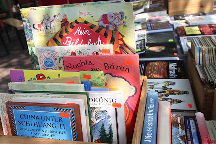 Bücherfreunde kommen wieder auf ihre Kosten (Foto: xity)